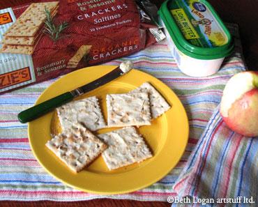 Crackers+butter