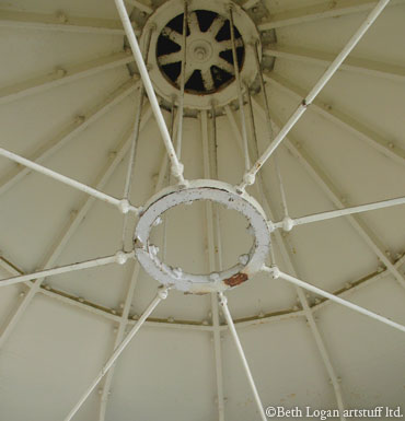 North-head-ceiling