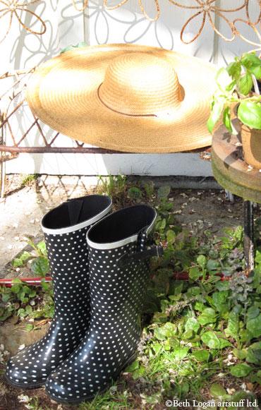 Garden-hat-n-boots