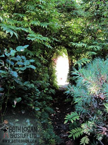 Secret-garden-doorway