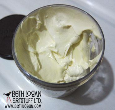 Homemade-rosemary-mint-shaving-cream-2